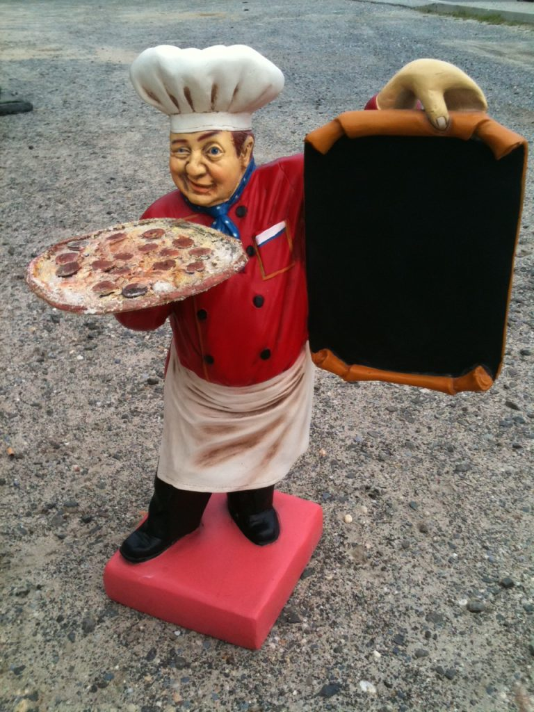 Restaurant pizza figure